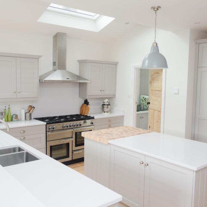 Shaker Kitchen in Perbeck Stone