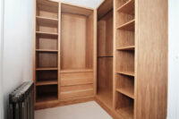 Oak Walk in Wardrobe with Vanity 5